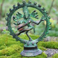 Statue af dansende Shiva med fire arme